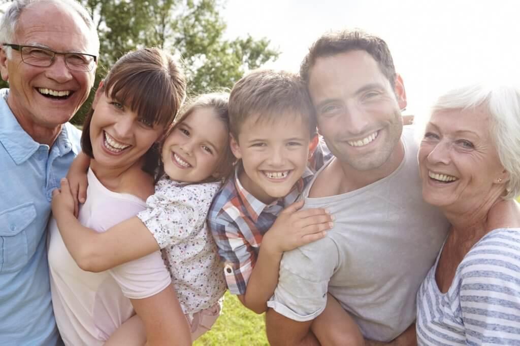 Srecna i zdrava porodica zajedno